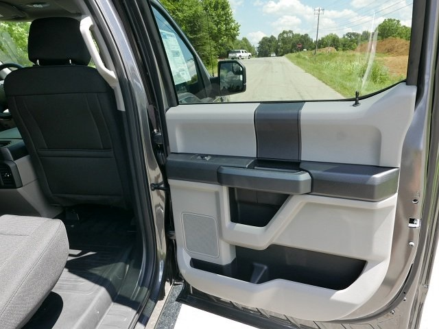 2018 F-150 SuperCrew Cab 4x2,  Pickup #188493 - photo 14