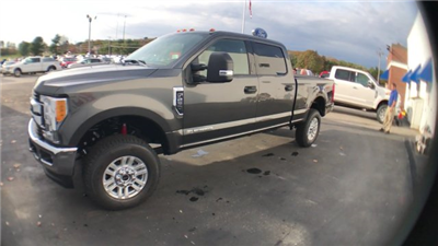 2017 F-250 Crew Cab 4x4 Pickup #H1085 - photo 5