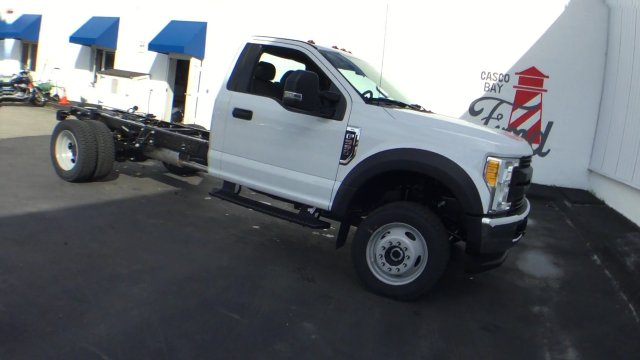 2017 F-550 Regular Cab DRW 4x4 Cab Chassis #H1094 - photo 3