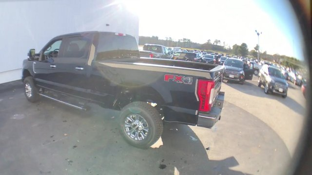 2017 F-350 Crew Cab 4x4 Pickup #H1148 - photo 7
