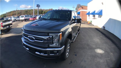 2017 F-350 Crew Cab 4x4 Pickup #H1159 - photo 4