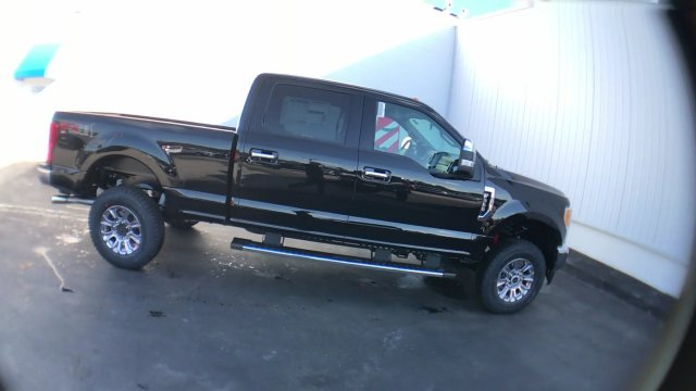 2017 F-350 Crew Cab 4x4, Pickup #H1160 - photo 9