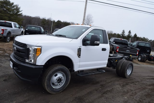 2017 F-350 Regular Cab DRW 4x4, Cab Chassis #H509 - photo 4