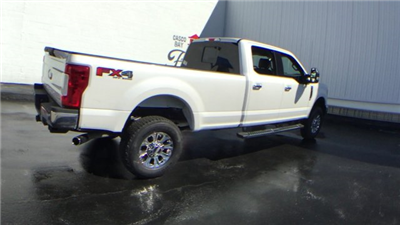 2017 F-350 Crew Cab 4x4, Pickup #H557 - photo 2