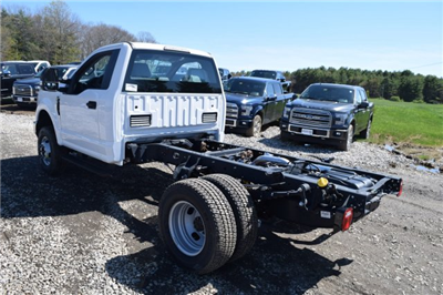 2017 F-350 Regular Cab DRW 4x4 Cab Chassis #H568 - photo 6