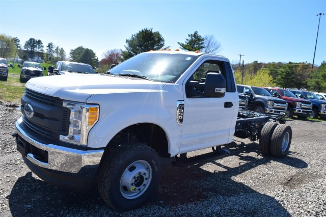 2017 F-350 Regular Cab DRW 4x4, Cab Chassis #H569 - photo 4