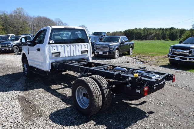 2017 F-350 Regular Cab DRW 4x4, Cab Chassis #H569 - photo 6