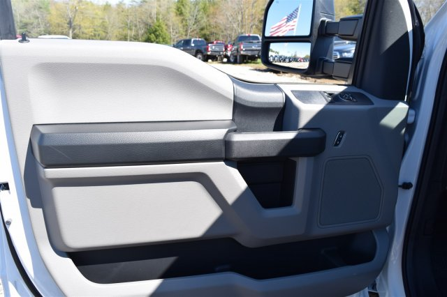 2017 F-350 Regular Cab DRW 4x4, Cab Chassis #H569 - photo 8