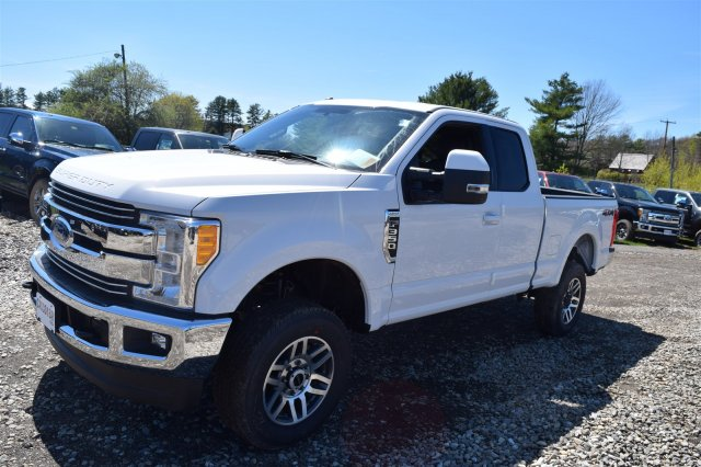 2017 F-350 Super Cab 4x4,  Pickup #H654 - photo 4