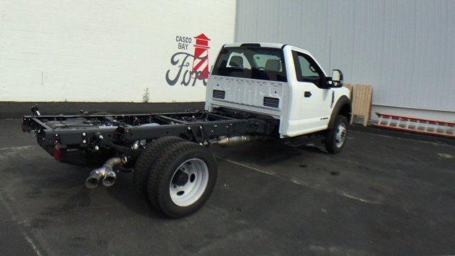 2017 F-550 Regular Cab DRW 4x4 Cab Chassis #H939 - photo 2