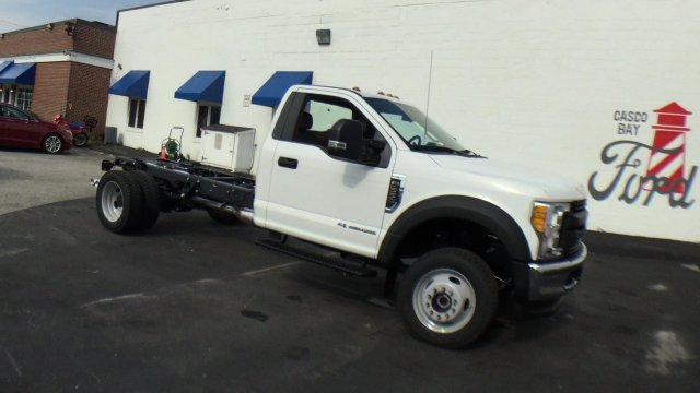 2017 F-550 Regular Cab DRW 4x4 Cab Chassis #H939 - photo 3
