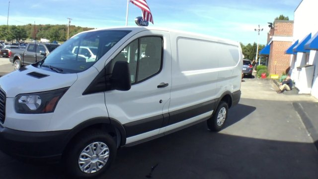 2017 Transit 250, Cargo Van #H950 - photo 5