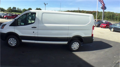 2017 Transit 250, Cargo Van #H950 - photo 6