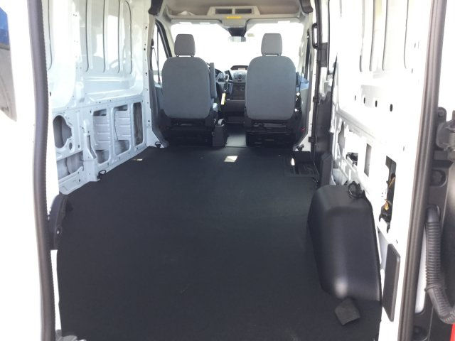 2018 Transit 250 Cargo Van #J048 - photo 2