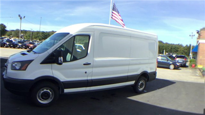 2018 Transit 250 Cargo Van #J048 - photo 4