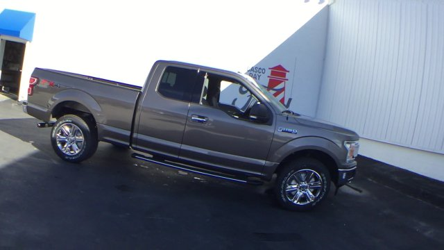 2018 F-150 Super Cab 4x4 Pickup #J057 - photo 9