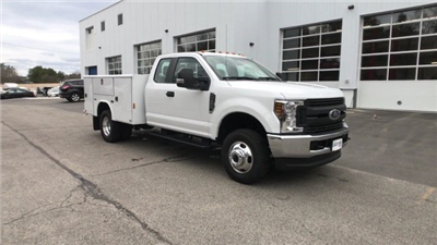 2018 F-350 Super Cab DRW 4x4, Service Body #J213 - photo 19