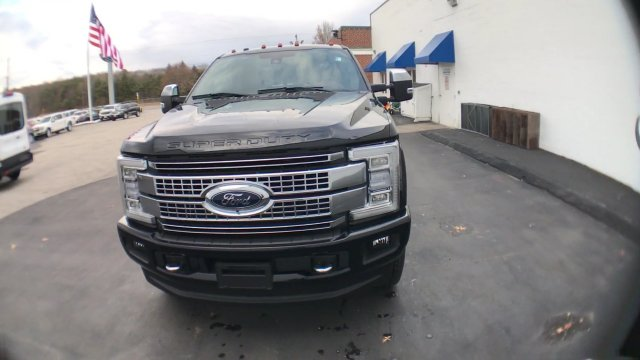 2018 F-250 Crew Cab 4x4 Pickup #J218 - photo 4
