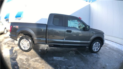 2018 F-150 Super Cab 4x4, Pickup #J324 - photo 9