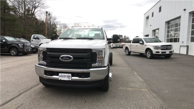 2018 F-350 Regular Cab DRW 4x4, Cab Chassis #J512 - photo 13