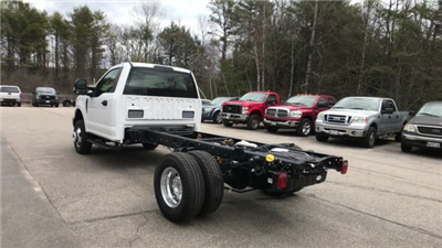 2018 F-350 Regular Cab DRW 4x4, Cab Chassis #J512 - photo 9