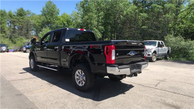 2018 F-250 Crew Cab 4x4,  Pickup #J614 - photo 16