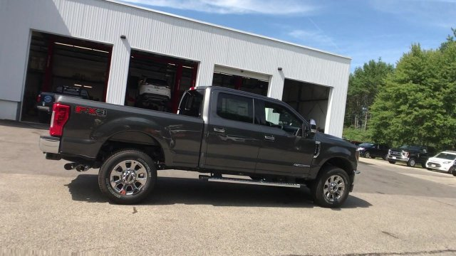 2018 F-350 Crew Cab 4x4,  Pickup #J649 - photo 2