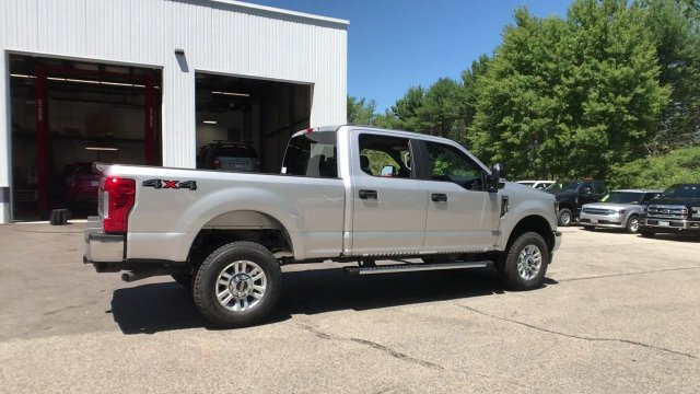 2018 F-350 Crew Cab 4x4,  Pickup #J718 - photo 2