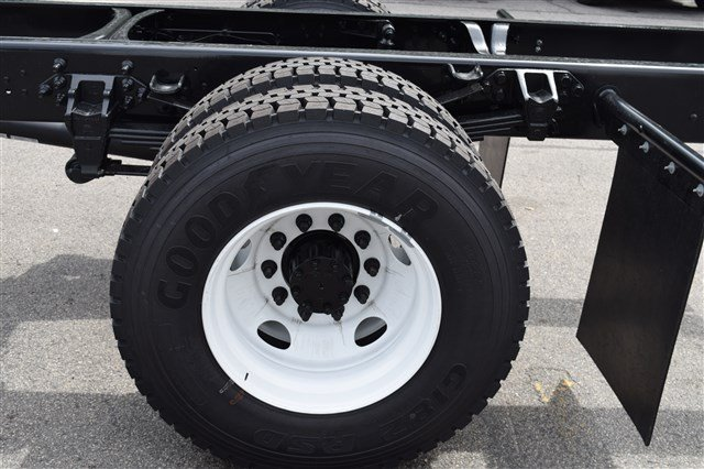 2019 F-650 Regular Cab DRW 4x2,  Cab Chassis #K008 - photo 6