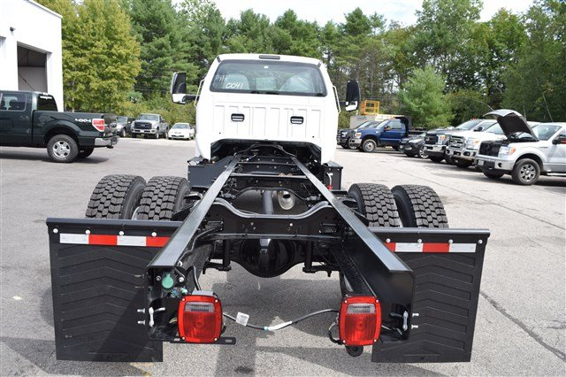 2019 F-650 Regular Cab DRW 4x2,  Cab Chassis #K008 - photo 2