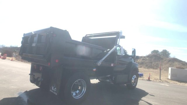 2019 F-750 Regular Cab DRW 4x2, Crysteel Dump Body #K1024 - photo 2