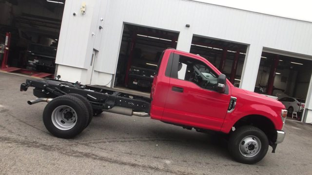 2020 Ford F-350 Regular Cab DRW 4x4, Cab Chassis #L335 - photo 16