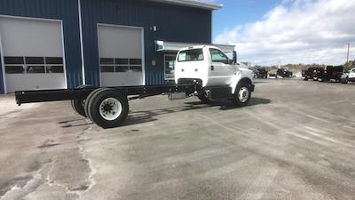 2021 Ford F-650 Regular Cab DRW 4x2, Cab Chassis #M017 - photo 2