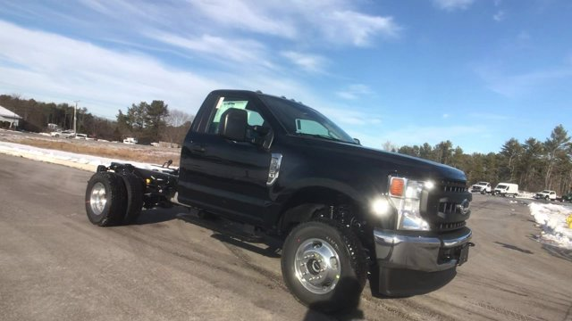 2021 Ford F-350 Regular Cab DRW 4x4, Cab Chassis #M052 - photo 10
