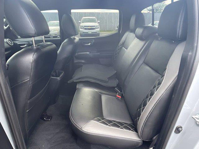 2019 Toyota Tacoma Double Cab 4x4, Pickup #P7425 - photo 5