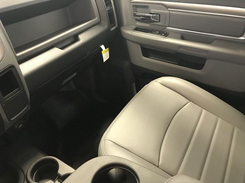 2017 Ram 3500 Regular Cab DRW 4x4, Cab Chassis #T17262 - photo 12