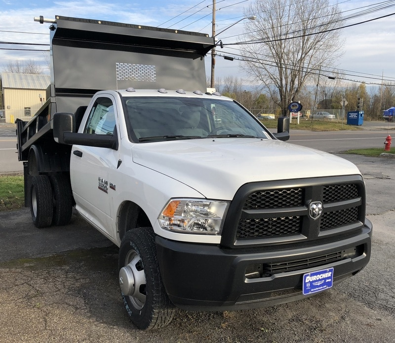 2017 Ram 3500 Regular Cab DRW 4x4 Dump Body #T17262 - photo 4