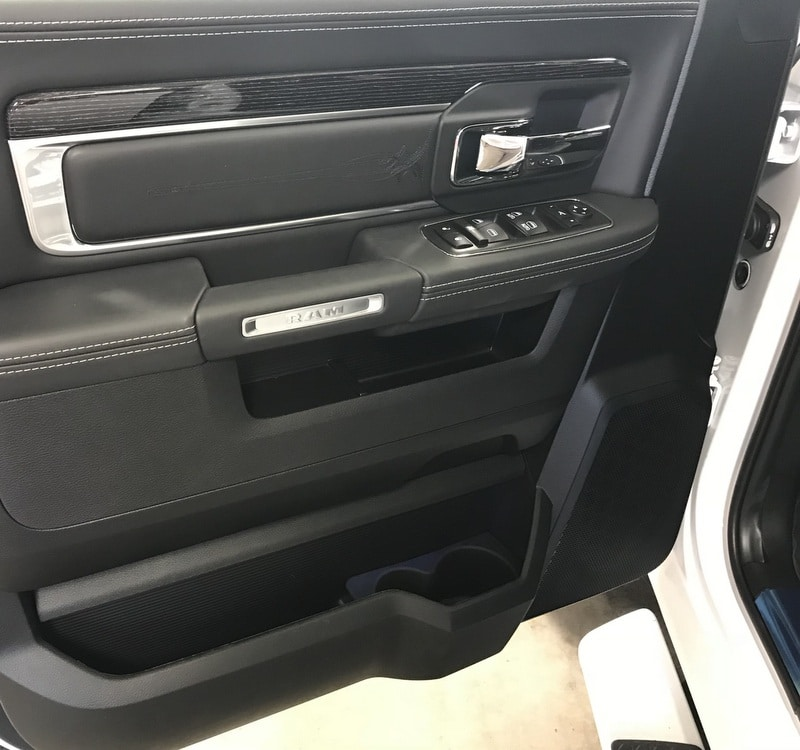 2018 Ram 1500 Crew Cab 4x4, Pickup #T1804 - photo 10
