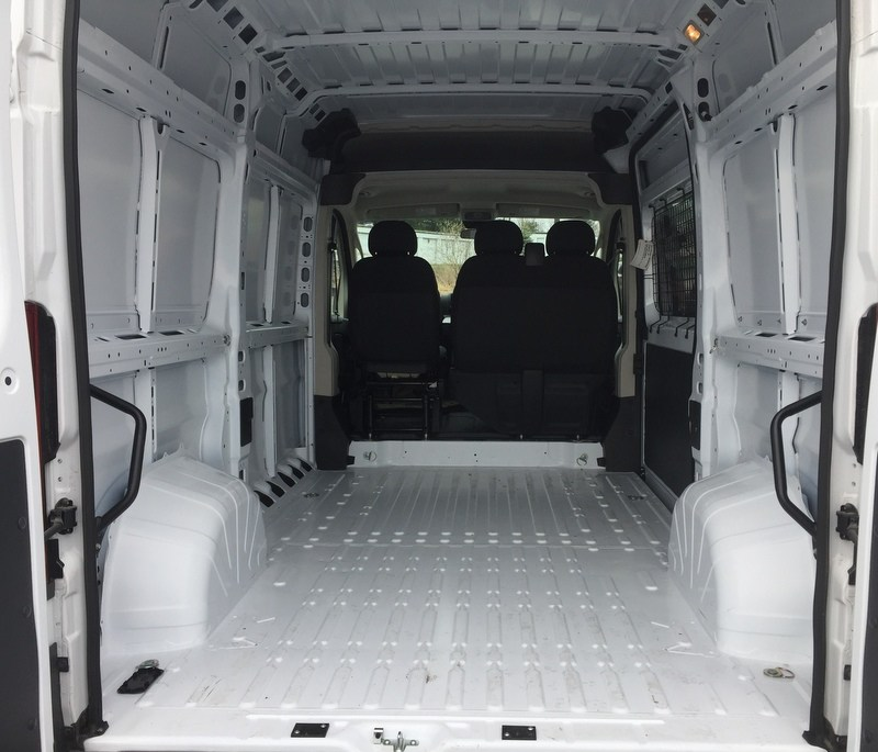 2018 ProMaster 1500 High Roof FWD,  Empty Cargo Van #T18152 - photo 2