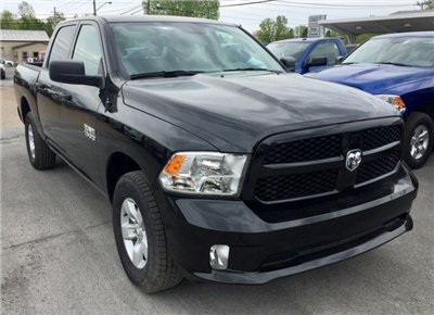 2018 Ram 1500 Crew Cab 4x4,  Pickup #T18196 - photo 4