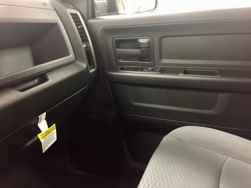 2018 Ram 1500 Crew Cab 4x4,  Pickup #T18200 - photo 12