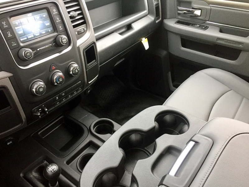 2018 Ram 3500 Regular Cab DRW 4x4,  Cab Chassis #T18239 - photo 10
