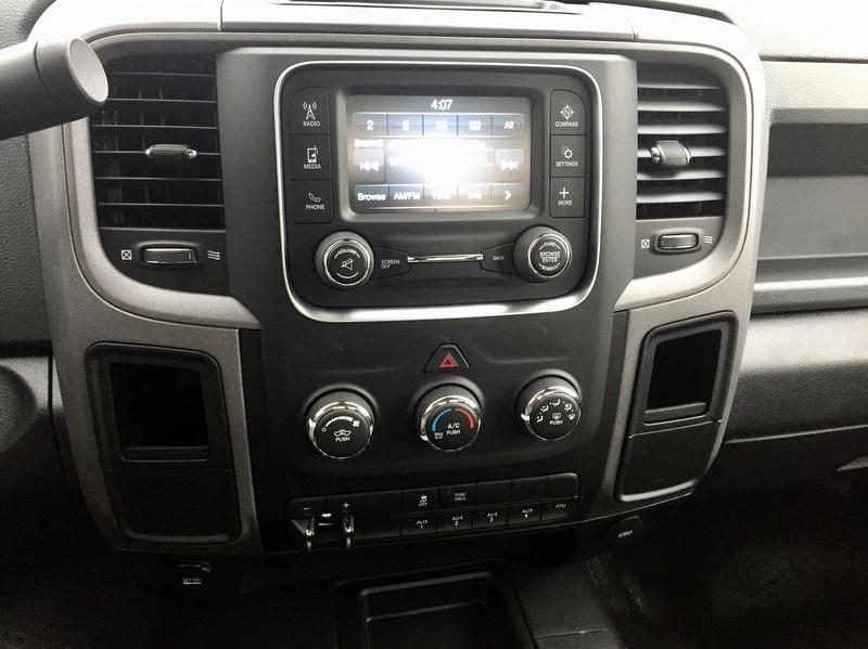 2018 Ram 3500 Regular Cab DRW 4x4,  Cab Chassis #T18239 - photo 11