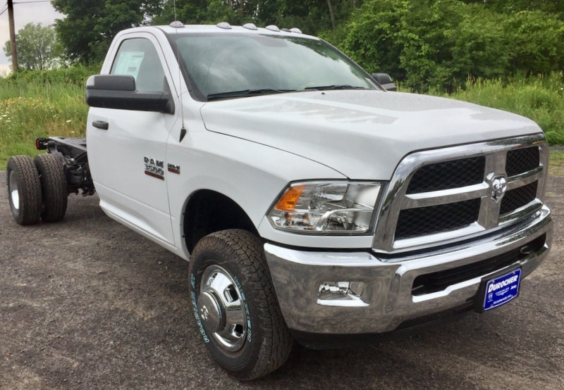 2018 Ram 3500 Regular Cab DRW 4x4,  Cab Chassis #T18239 - photo 4