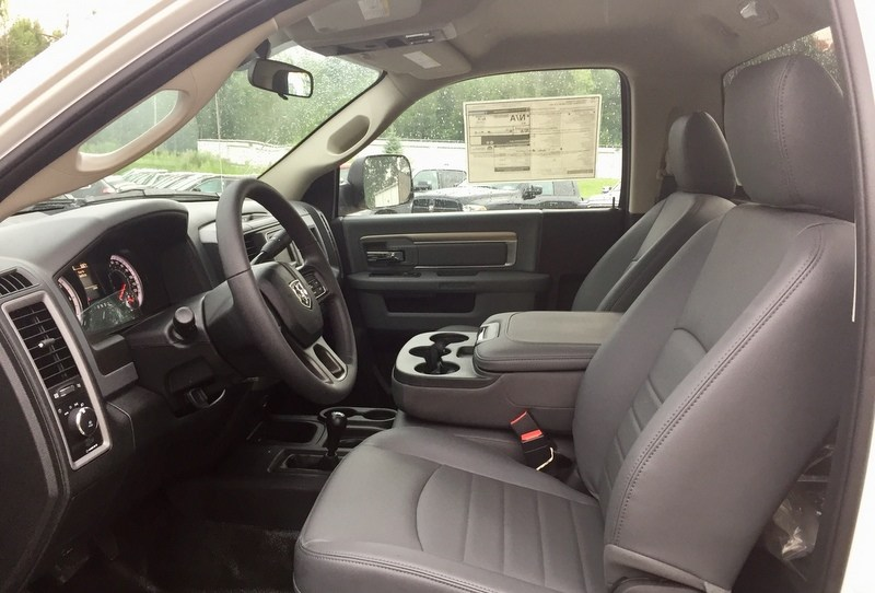 2018 Ram 3500 Regular Cab DRW 4x4,  Cab Chassis #T18239 - photo 6