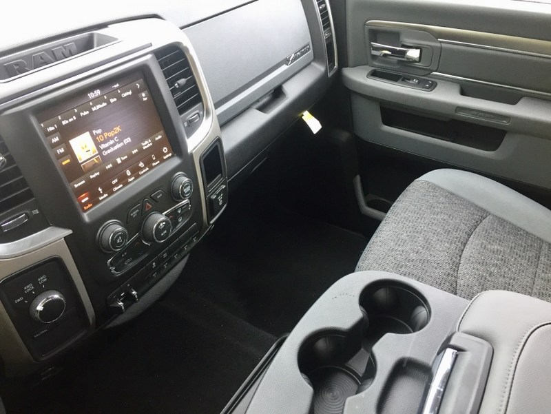 2018 Ram 3500 Crew Cab 4x4,  Pickup #T18255 - photo 14