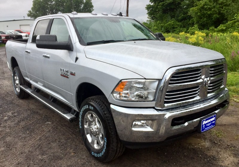 2018 Ram 3500 Crew Cab 4x4,  Pickup #T18255 - photo 4