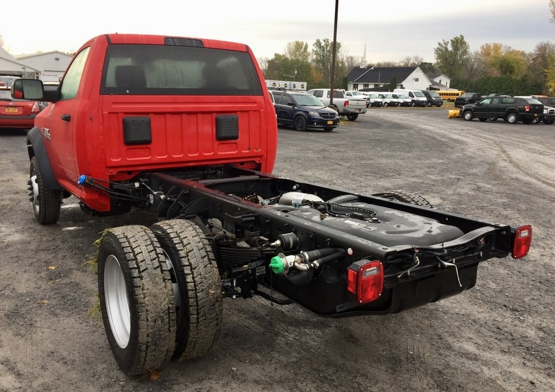 2018 Ram 5500 Regular Cab DRW 4x4,  Cab Chassis #T18304 - photo 2
