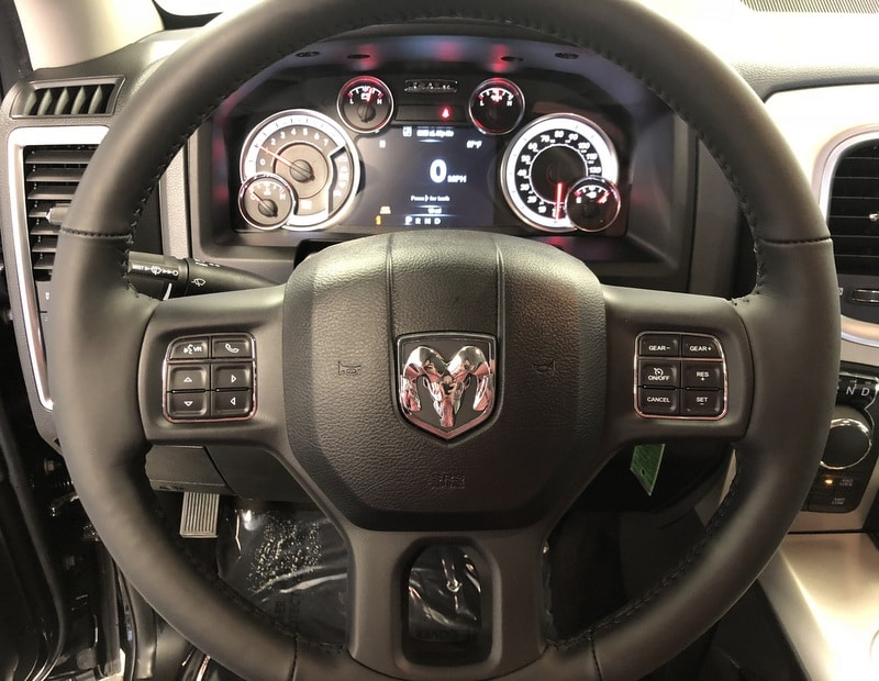 2018 Ram 1500 Crew Cab 4x4, Pickup #T1862 - photo 10