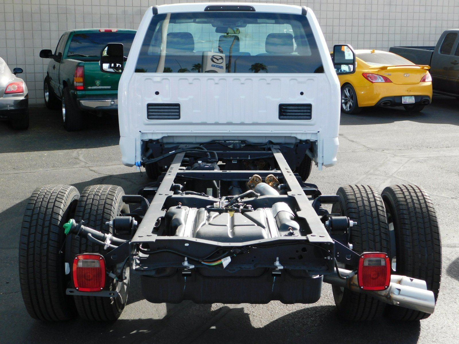 2017 F-350 Regular Cab DRW Cab Chassis #J172249 - photo 2
